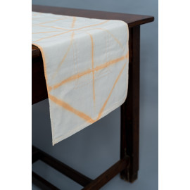 Peach Color Tie & Dye Table...